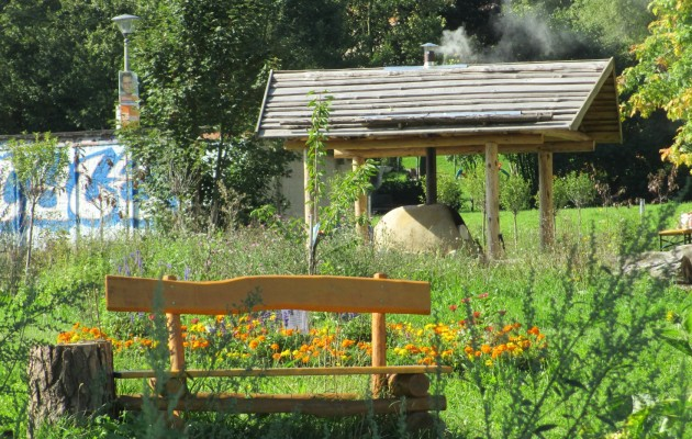 Lehmbackofen in Aktion