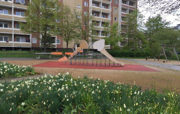 Spiel und Spaß auf dem Dinospielplatz in Winzerla Nord