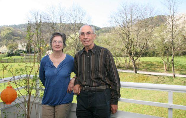 Hiltrud und Rolf Märtin wohnen seit 1970 in der Eisler-Straße
